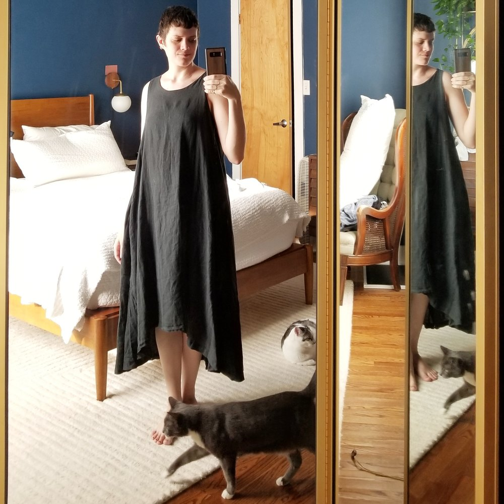 Thursday - July 19, 2018Well if yesterday wasn't phoning it in, today certainly is. Working from home, so I literally threw on a big blousy dress and called it done. This dress is one of my favorites from Black Crane. Super light linen, so flowy and drapey.