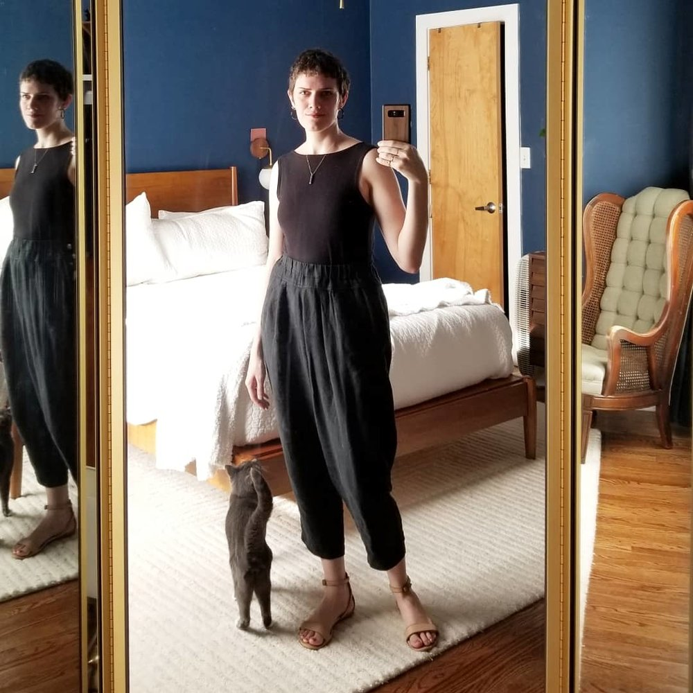Wednesday - July 25, 2018Black Crane day 3. Paired with a simple Amour Vert tee. This is the Iris scoop neck tee, but I wear it backwards so the scoop is in back. Some tops you can't really do this with, but I like how this one has a wider boatneck if you wear it this way. Because I didn't want to go ALL black I wore my pale honey Nisolo sandals.