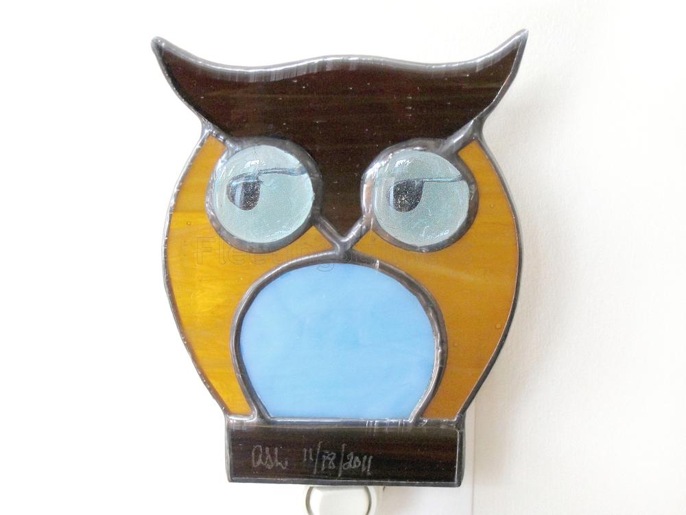 124_owlNightLightBlue_1a.jpg