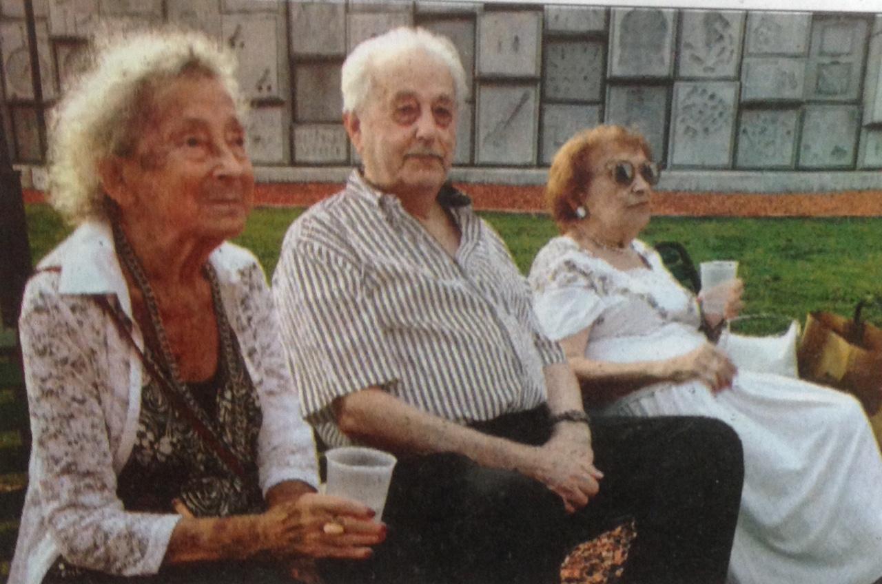 Irene, Mendel, Lea