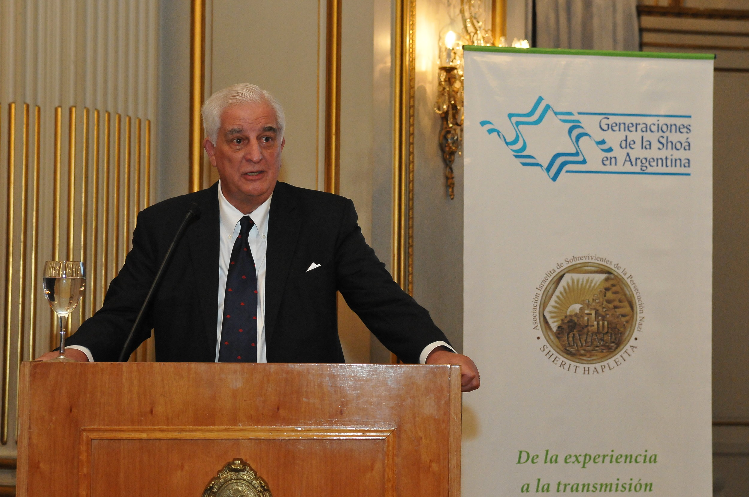 Dr Emilio Cárdenas