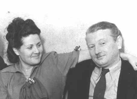 Mamá y papá. Buenos Aires. 1954