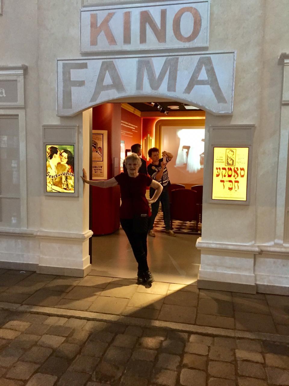 en el Museo Polin, un teatro del gueto