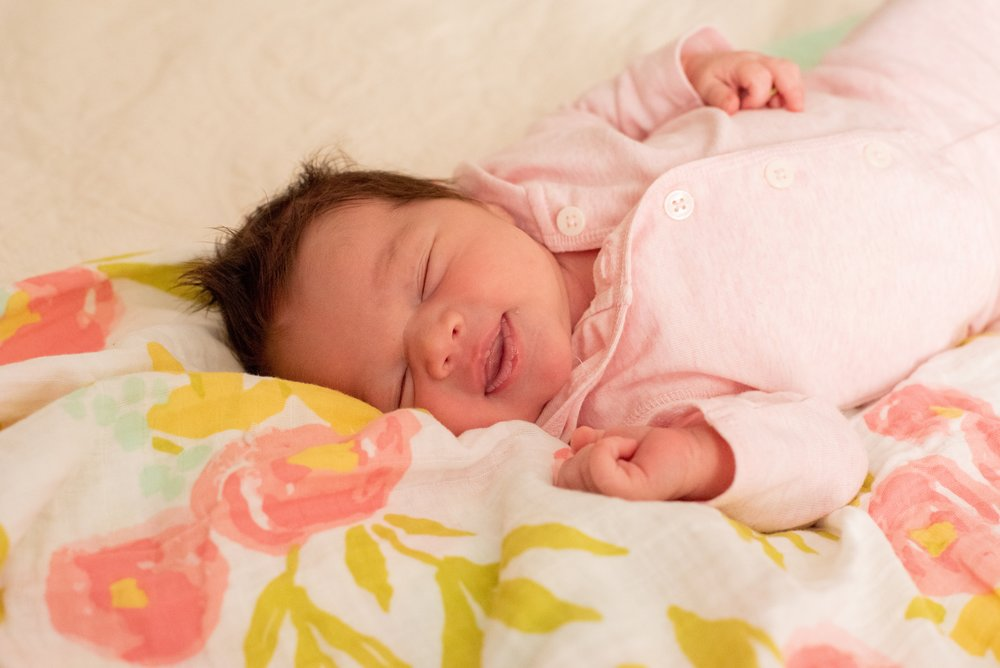 Eleni Lifestyle Newborn Photos