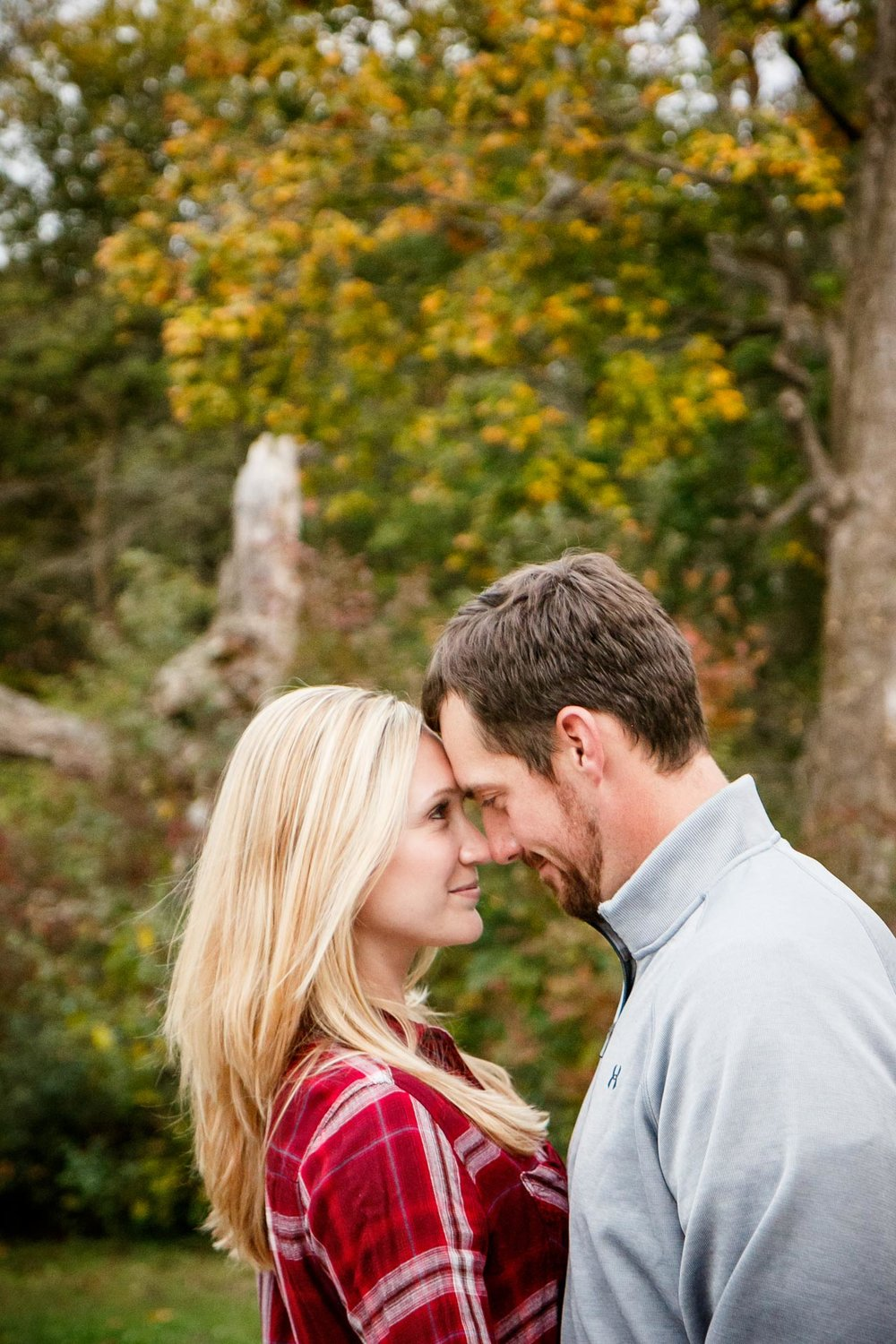 covered-bridge-park-wisconsin-engagement-adam-shea-photography-green-bay-appleton-neenah-photographer-9.jpg