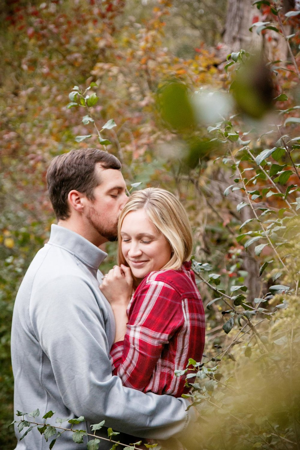 covered-bridge-park-wisconsin-engagement-adam-shea-photography-green-bay-appleton-neenah-photographer-12.jpg