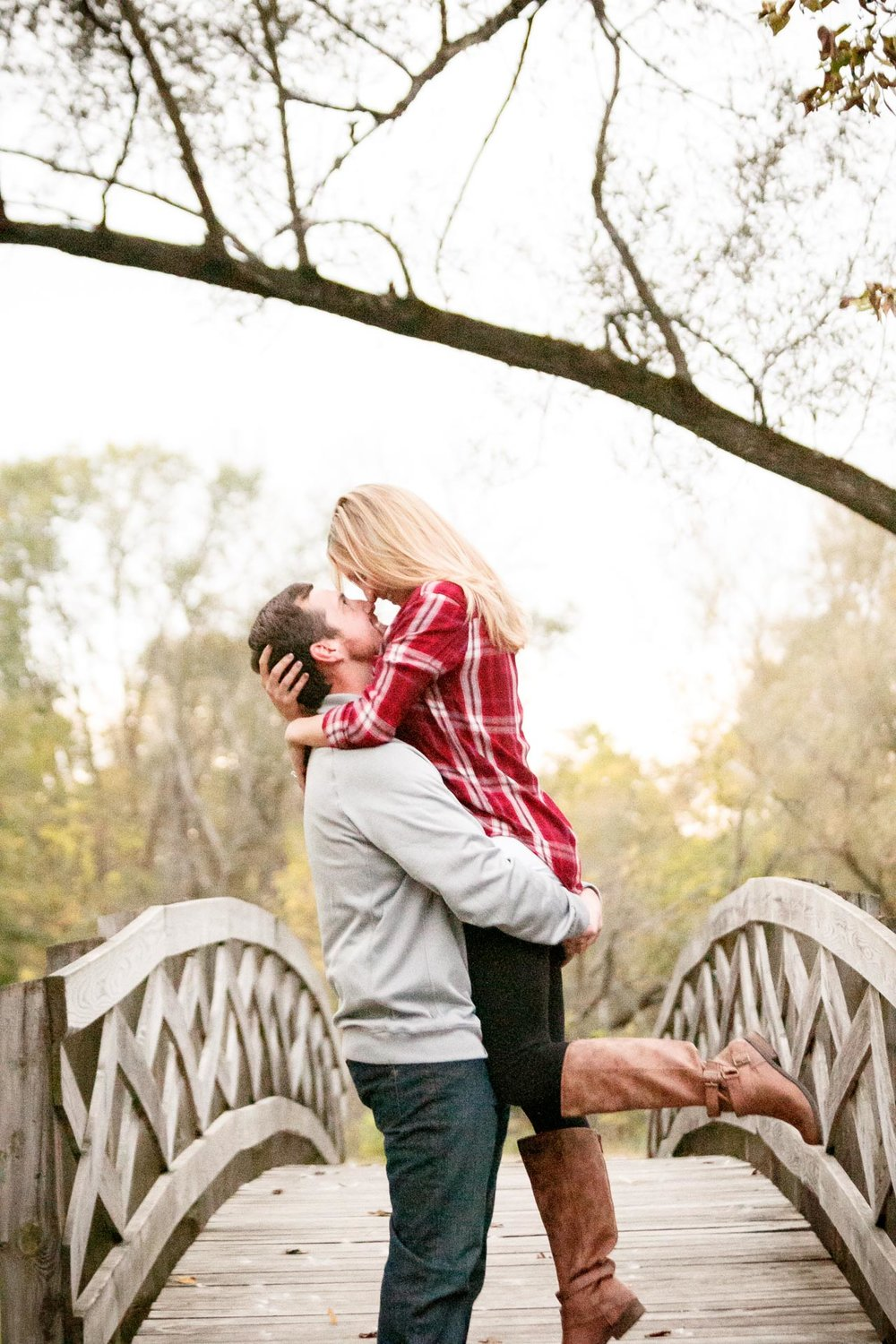 covered-bridge-park-wisconsin-engagement-adam-shea-photography-green-bay-appleton-neenah-photographer-15.jpg
