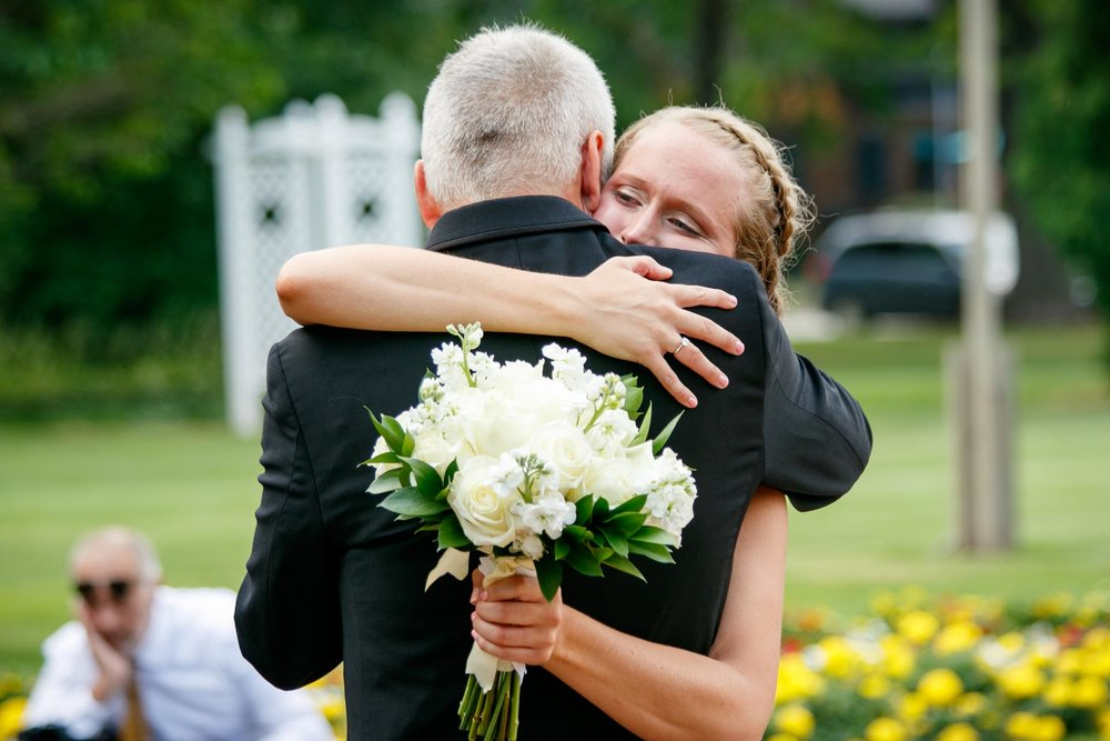 smith-park-menasha-wedding-adam-shea-photography-green-bay-appleton-neenah-photographer-14.jpg