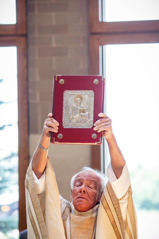 st-joan-of-arc-catholic-church-delafield-adam-shea-photography-green-bay-appleton-neenah-photographer-14.jpg