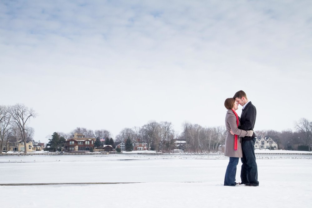 engagement-adam-shea-photography-green-bay-appleton-neenah-photographer-04.jpg