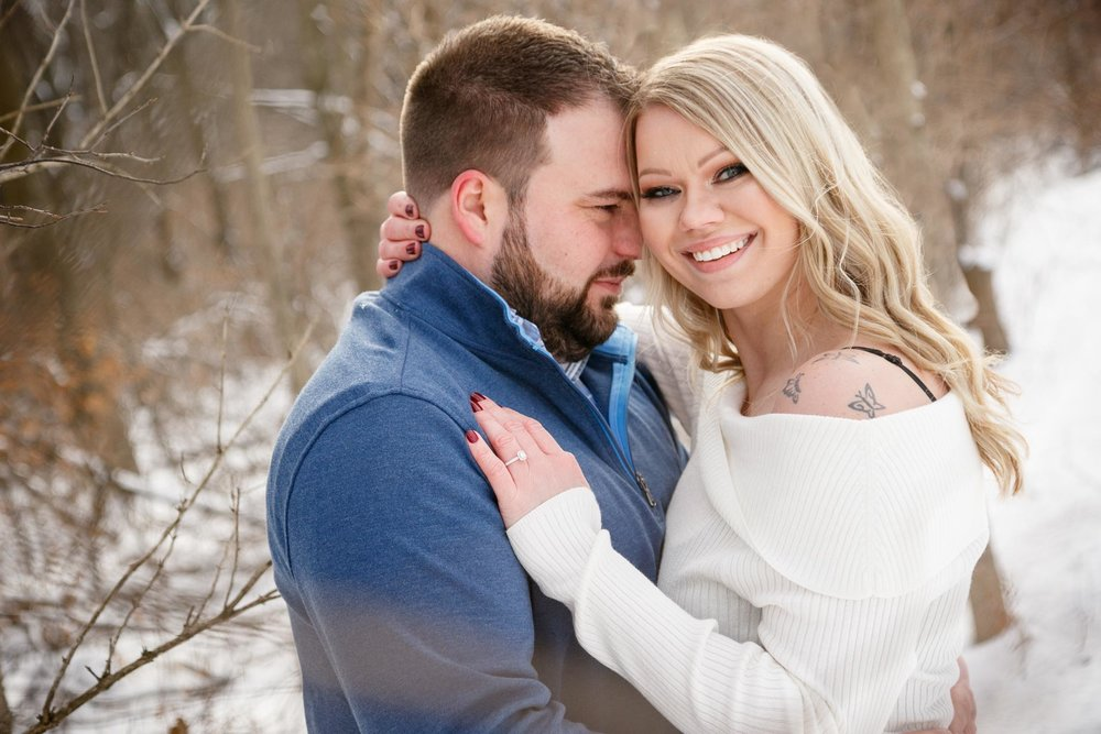 engagement-adam-shea-photography-green-bay-appleton-neenah-photographer-07.jpg