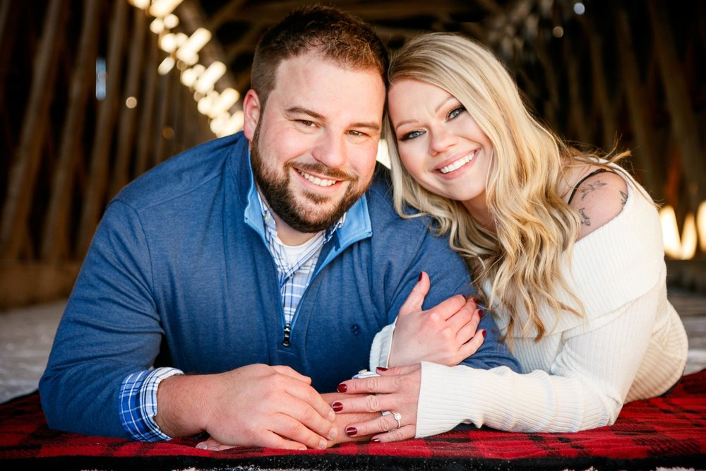 engagement-adam-shea-photography-green-bay-appleton-neenah-photographer-21.jpg