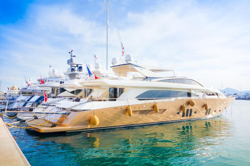 Weaker Pound Makes U.K. Yachts, Luxury Goods A Better Buy On Online Resale Marketplaces - Published on Forbes.