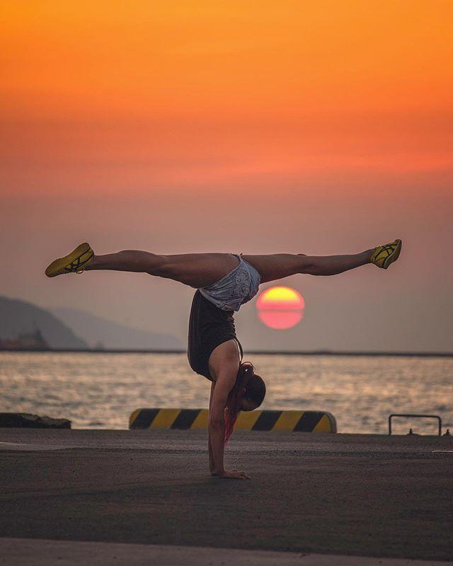 Sunset split #onitsuka