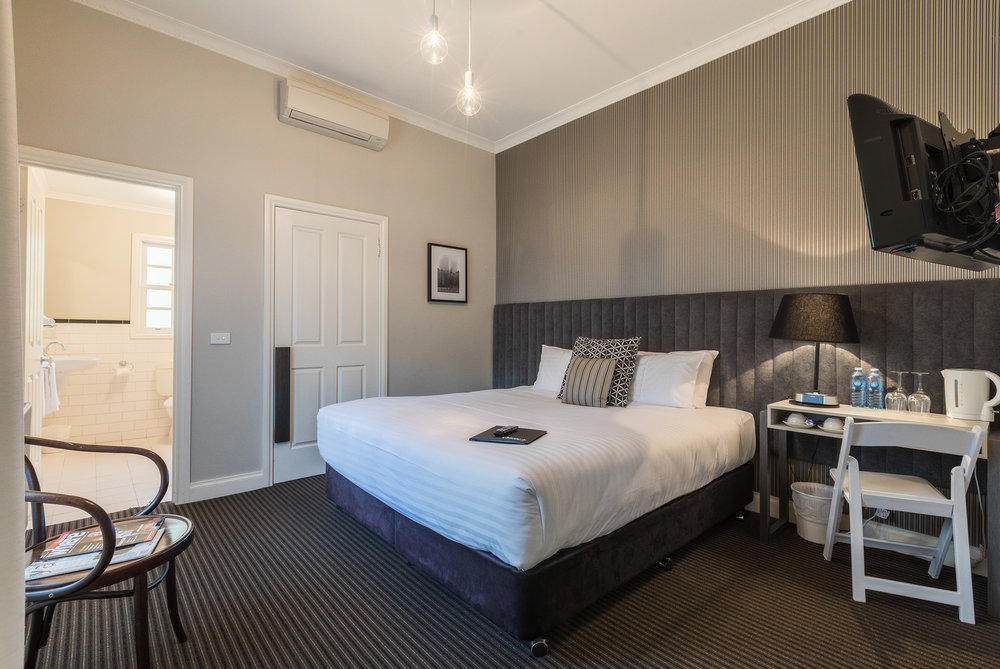 room-double-001.jpg