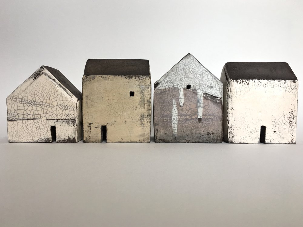 Set of four houses 651