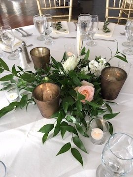 Greenery centerpiece.JPG