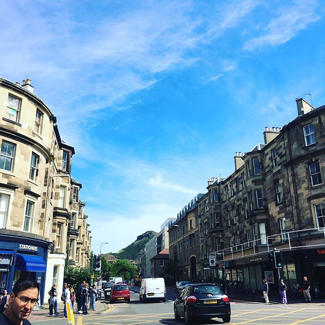 Gorgeous day today - we're yet to climb Arthur's Seat but can't wait to tackle it! Catch us outside the Guilded Balloon today until 3 - (we're the ones in yellow) #edfringe2017 #Rascal #CALM #AnActOfKindness #Day8 💛⭐️