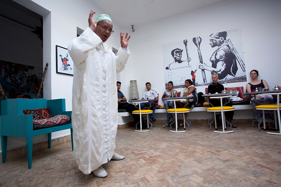 Master storyteller Ahmed Ezzarghani performs at Cafe Clock Marrakech PHOTO Joelle Gueguen.png