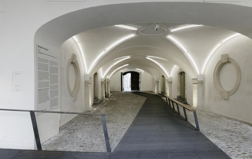 INNOCAD_HistoryMuseumGraz_Entrance_PaulOtt copy.jpg