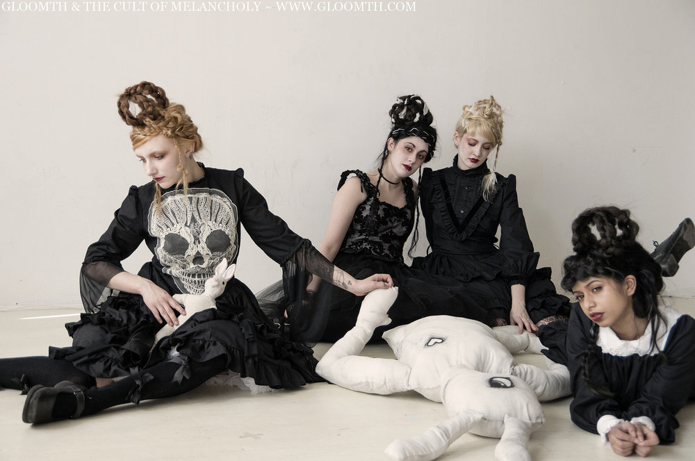 Models: Syringe, Kuroihitomi, CheshireCat, Ashavari Hair: Savija Ellis MUA/Stylist: Taeden Hall Photographer: Russel Hall