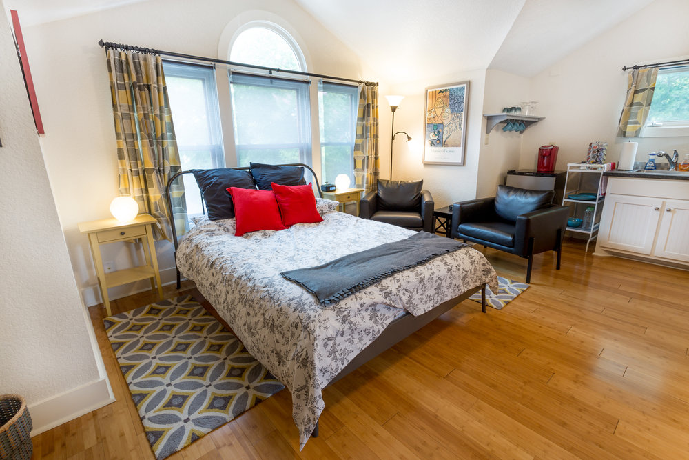 06.18.18 San Antonio Airbnb-1.jpg