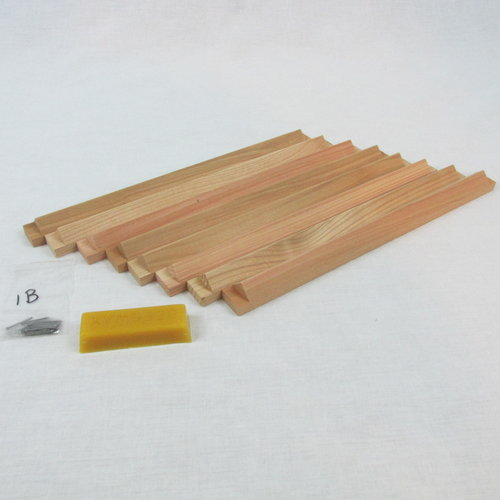 Set of 8 V-Shaped Top Bars for Square Hive — The Warre Store