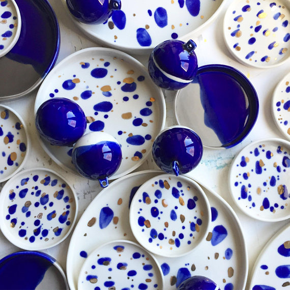 Porcelain dishes and baubles