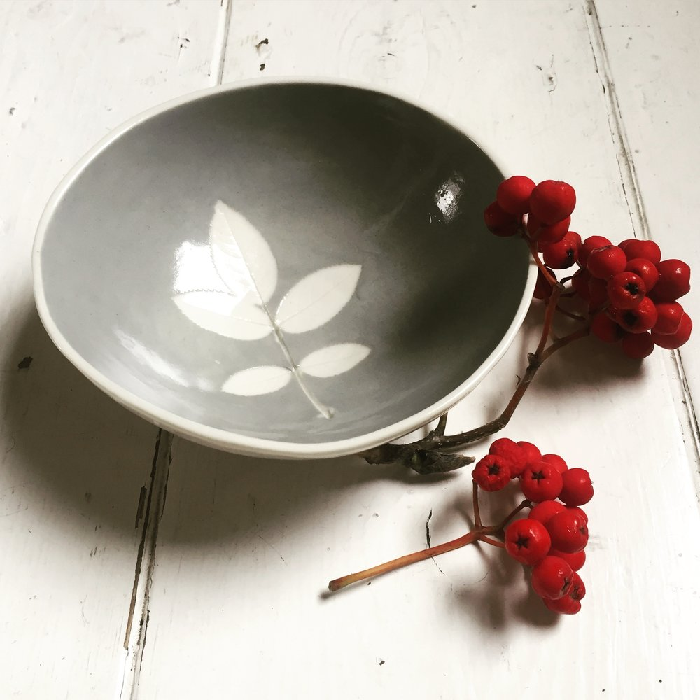 Leaf Bowl  14 cm diameter.