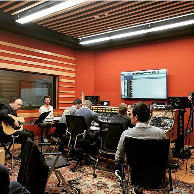Putting in some long hours in the studio with Rob Mathes this week and feeling more confident than ever that this album is pulling the best out of each one of us. 🎸 cjb