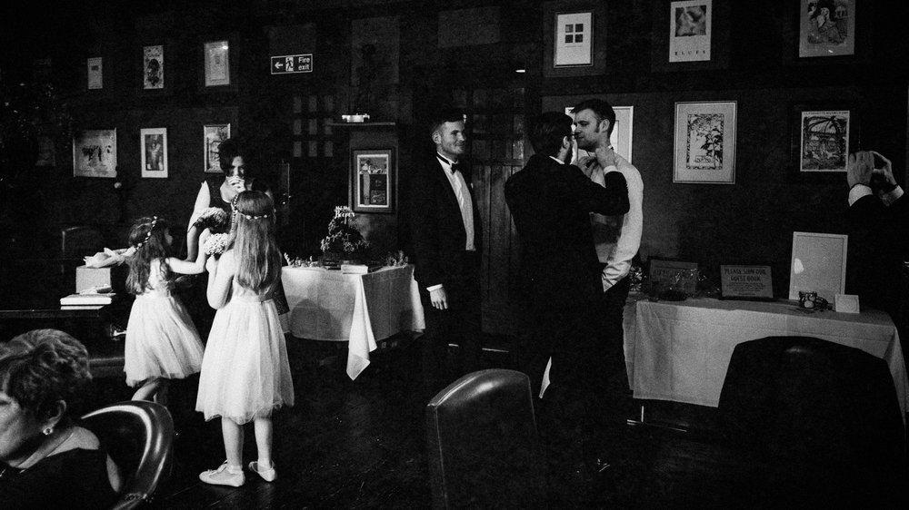 LaurenLee_UK_Documentary_Wedding_Photographer_Belle_Epoque0117.jpg