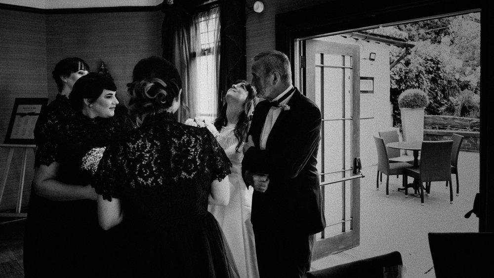 LaurenLee_UK_Documentary_Wedding_Photographer_Belle_Epoque0163.jpg
