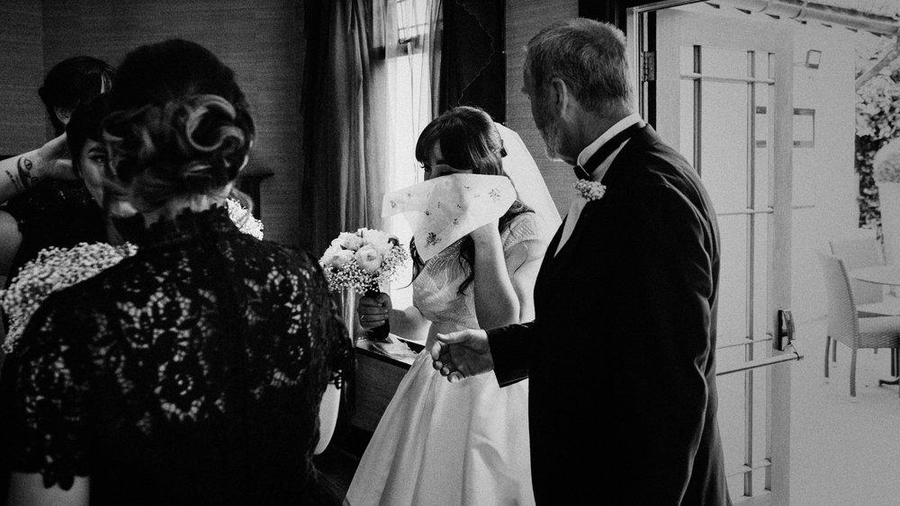 LaurenLee_UK_Documentary_Wedding_Photographer_Belle_Epoque0165.jpg