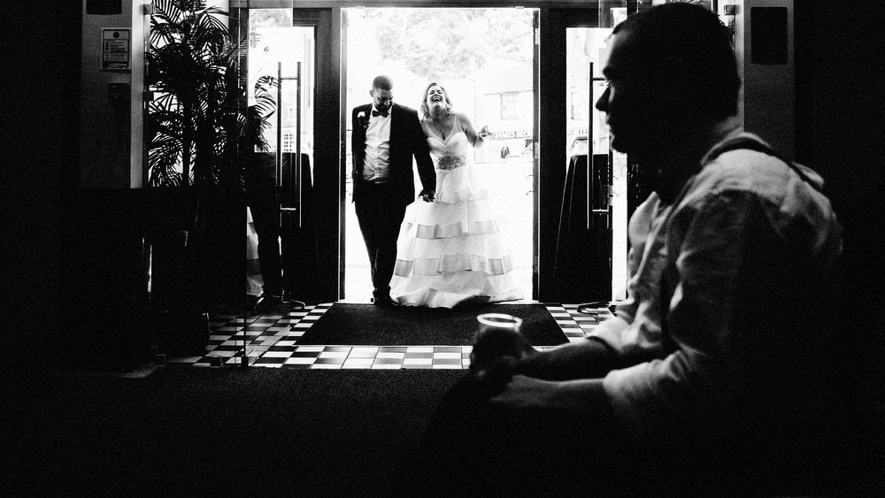 a relaxed wedding in southend on sea