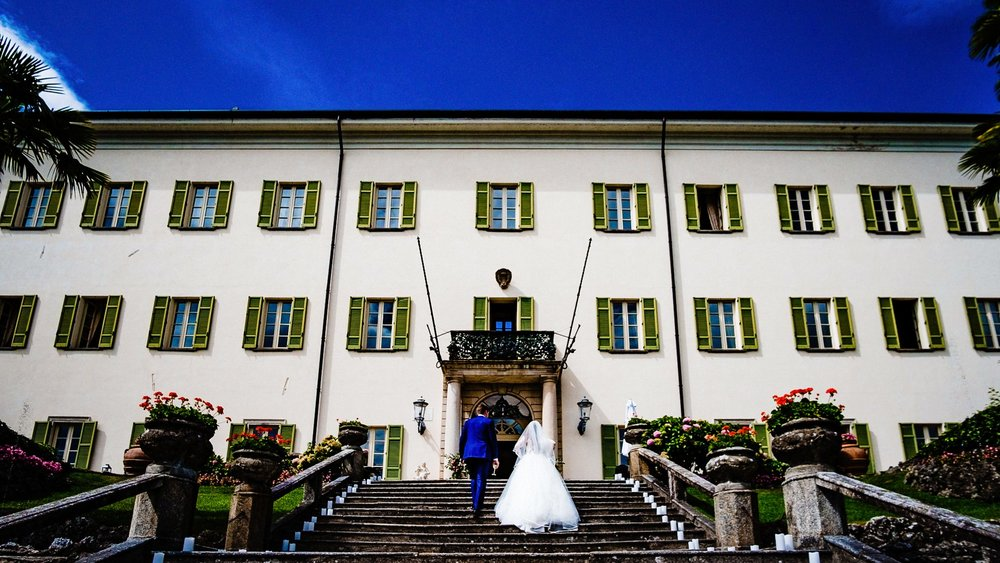 documentary-wedding-photographer-cheshire-and-manchester-1-23.jpg
