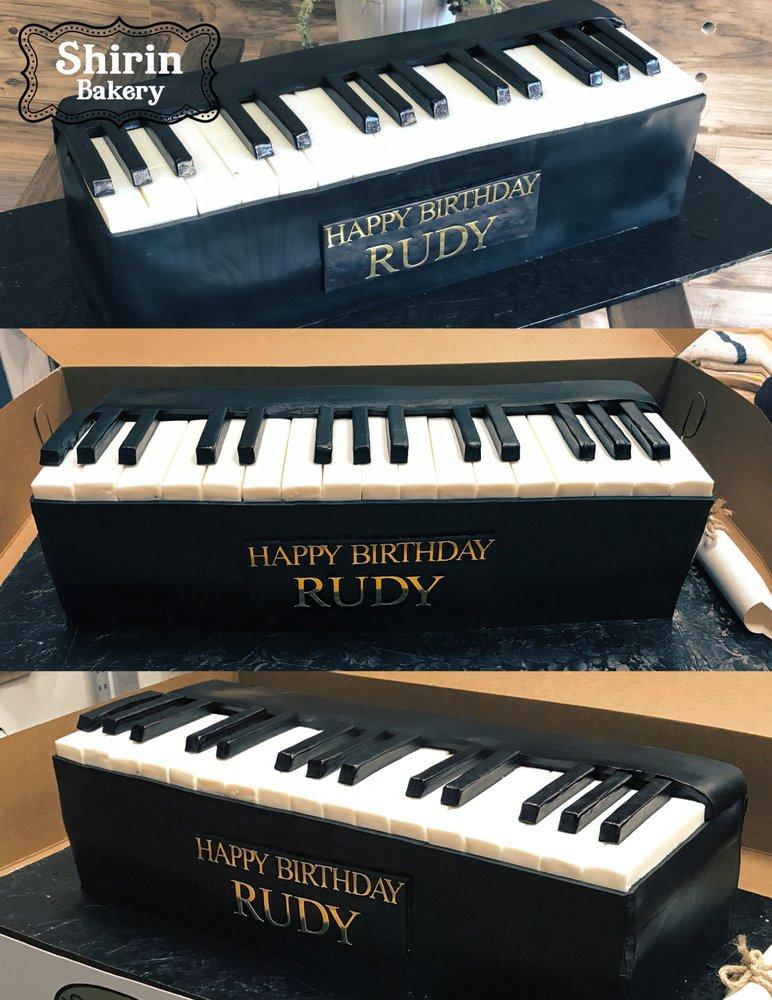 Piano Cake.jpg