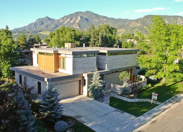1676 Sunset Boulevard  - o Boulder, Coloradoo Lot Area: 13,582 Sq. Ft. [.31 Acres]o Single Family Home [Pre-Sold]o 4 Bedroomso 6 Bathroomso Plus, Office, Theater Room, Exercise Room, Steam Room, and Wine Cellaro 6,790 Finished Sq. Ft.o 7,412 Total Sq. Ft.o Colorado Homes and Lifestyles Magazine Home of The Year – 2008o Project Value: $4,590,000o Designed by: Knudson Gloss Architects