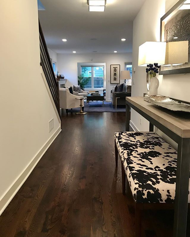 Ready for the market in St. Louis Park! Check out this charming new listing that we styled for Charlie Adair of Edina Realty. #4025SalemAve #stlouisparkstage . . . . #stagedtosell #stlouisparkstage #ambiance #stlouispark #stlouisparkmn #ambiancehomestyling #fallmarket #ambiancehomestaging #stagedtosell #interiors #bedroom #bedroomstyle #bedroomdecor #instahome #instagramhome #decor #homestyler #styledhome #homestager #mnstager #homestaging #staging #stager #makingmagichappen