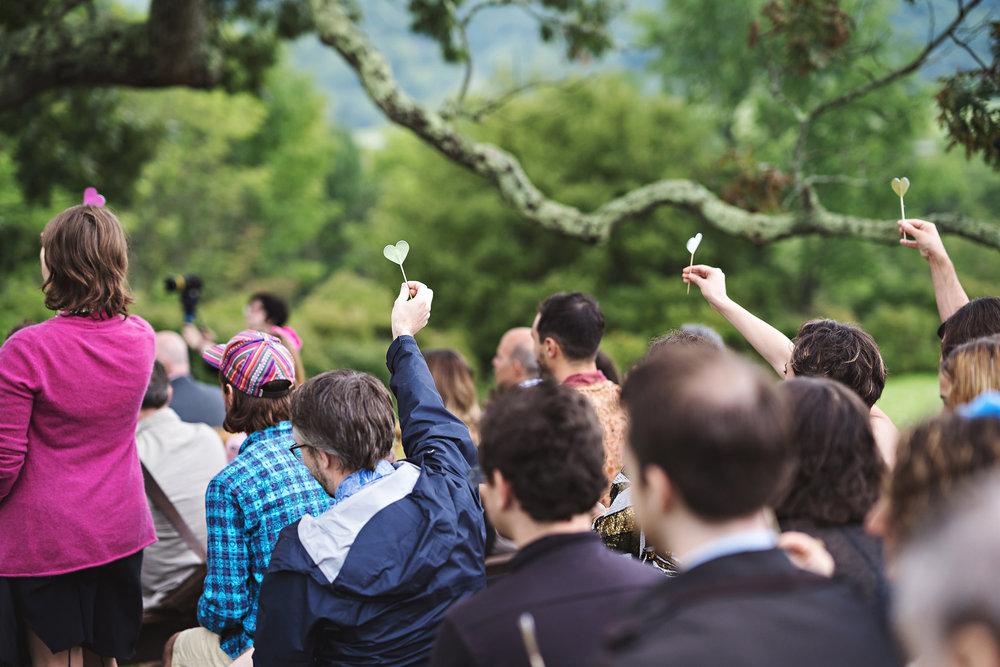paper hearts ceremony exit