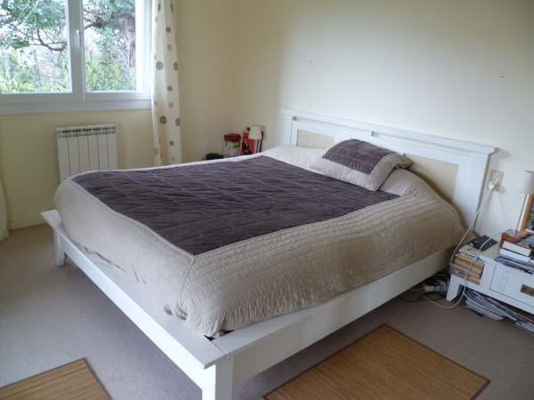roland, bedroom 2.JPG