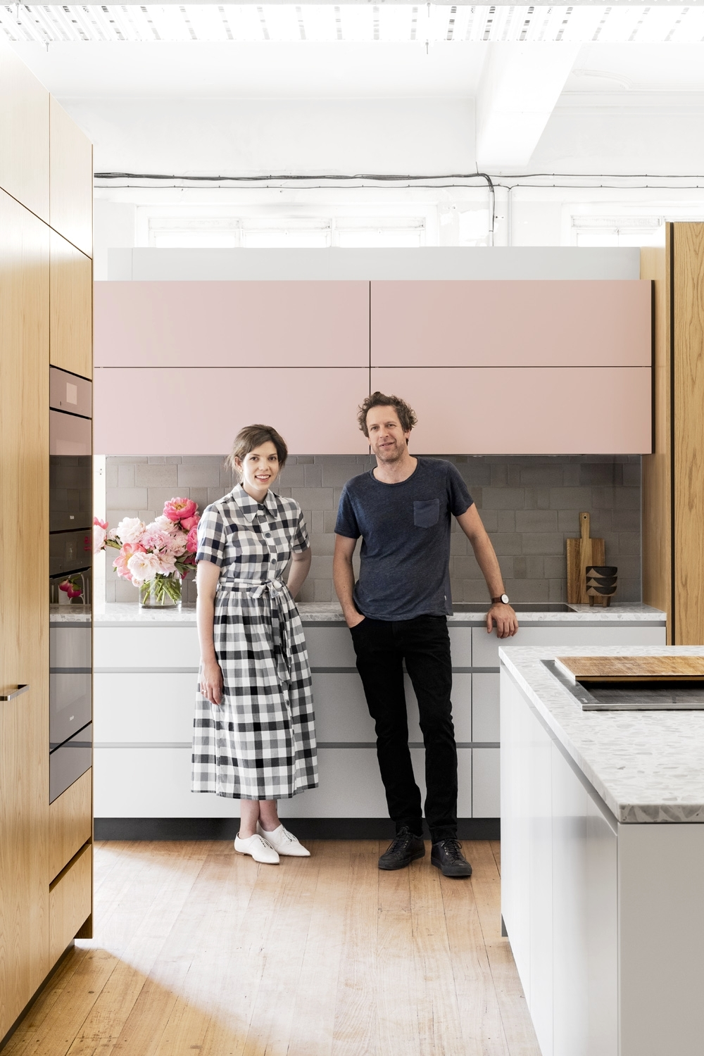 Lucy and Travis with the DFOH Cantilever Kitchen