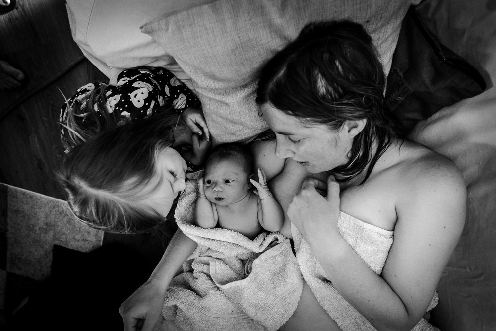 Newborn birth photography