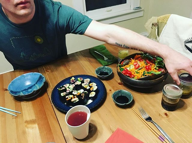 When a friend makes #sushi for a #friend 💞 • • #HolisticCancerLiving #PanicToPeace #Tuesday