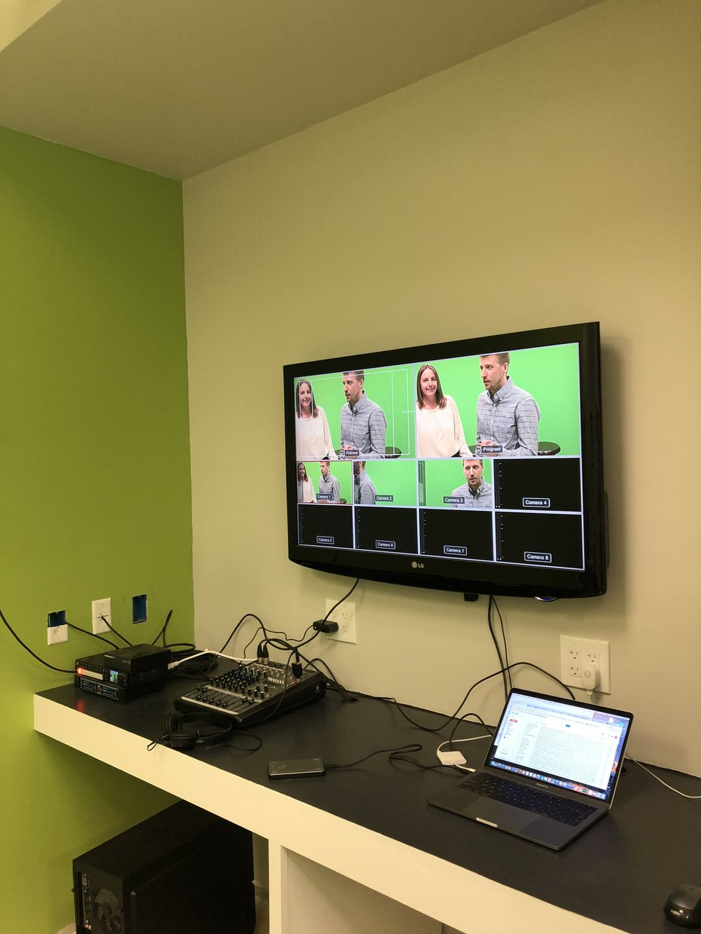 Studio monitor 1.JPG