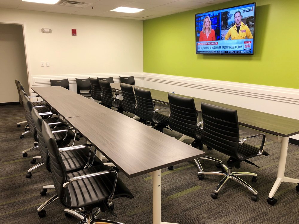 Quincy Upstairs conference room seminar set up 1.jpg