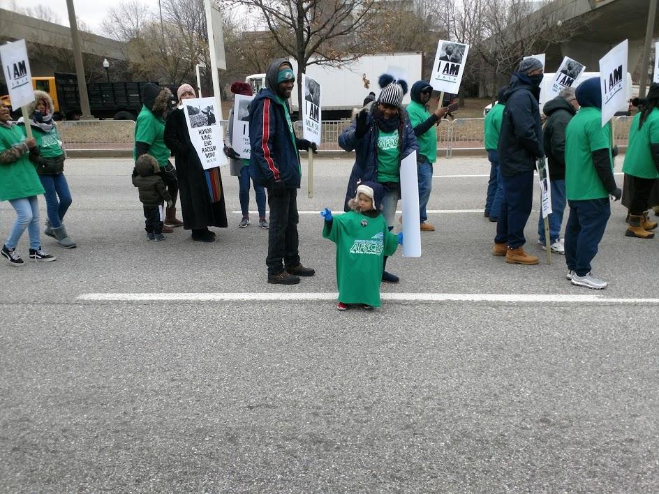 AFSCME marchers.jpg