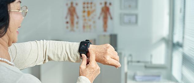 healthcare-woman-wearable-technology.jpg