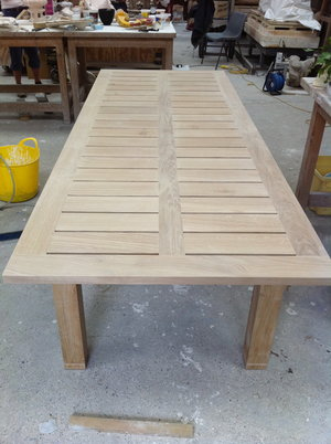Garden Table ready to be oiled