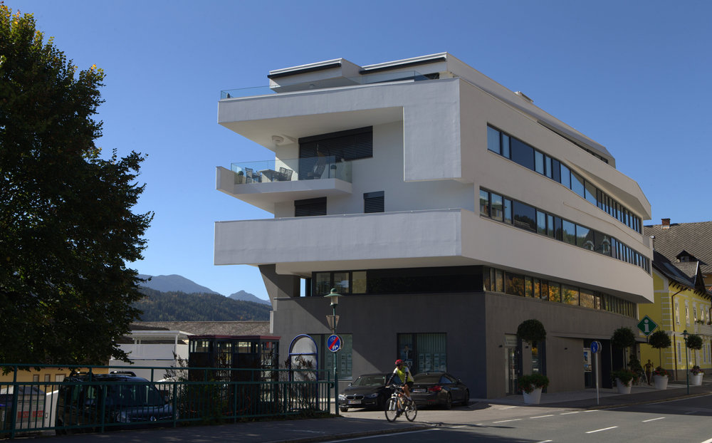 A01 architects - Apartmenthouse Seeterrassen_(c)Nadine Bancard_web06.jpg