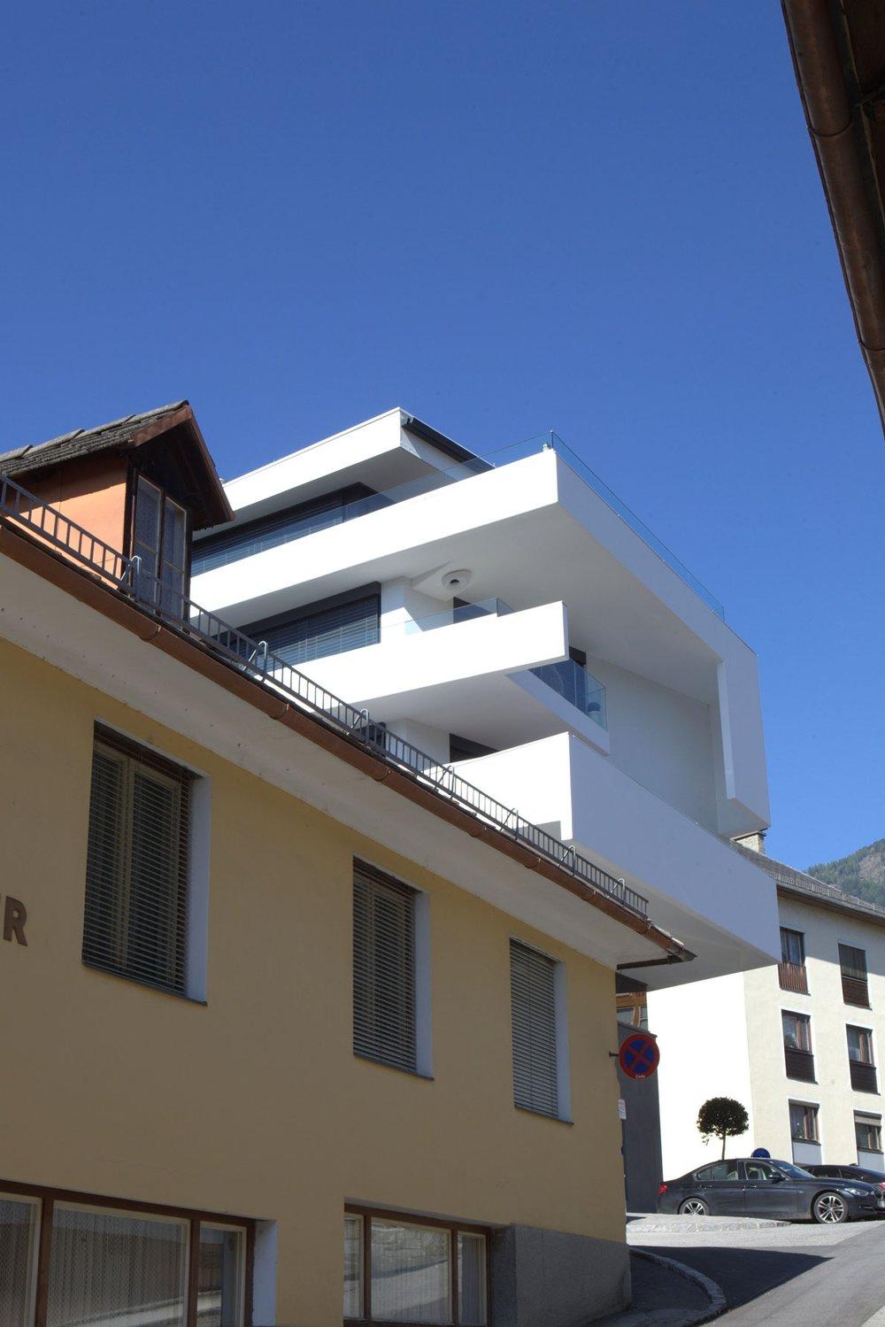 A01 architects - Apartmenthouse Seeterrassen_(c)Nadine Bancard_web05.jpg